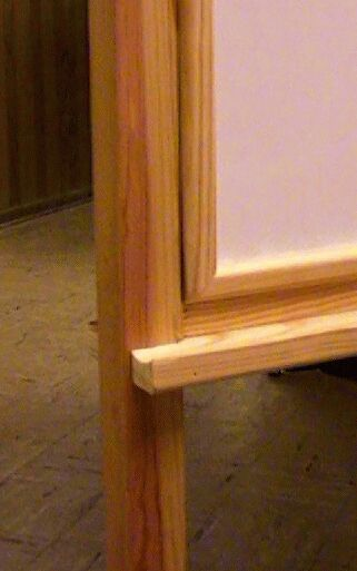 close-up of edging for markerboard.